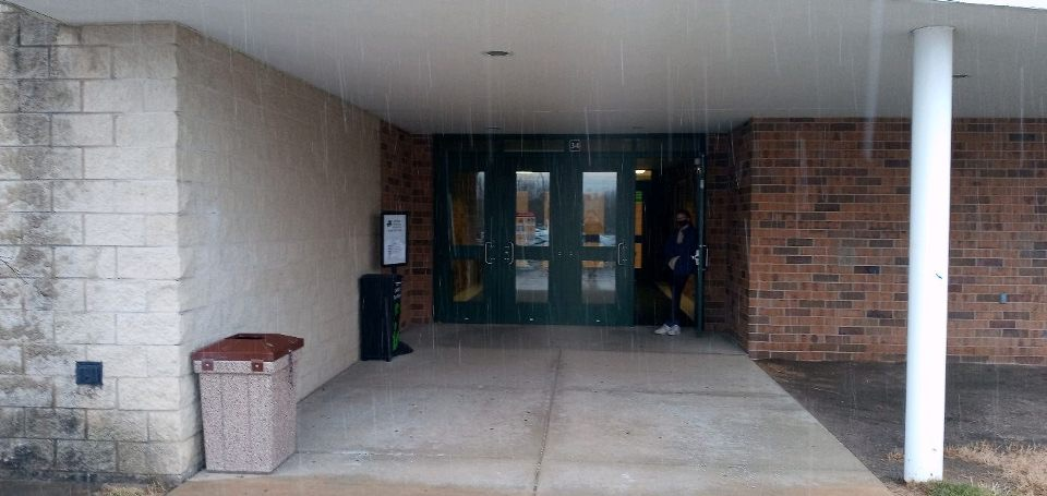 Library Media Center provides curbside pickup and drop off for virtual students